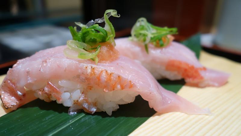 美味しいお寿司が流れ鮨で…「流れ鮨三代目おとわ」大阪・池田