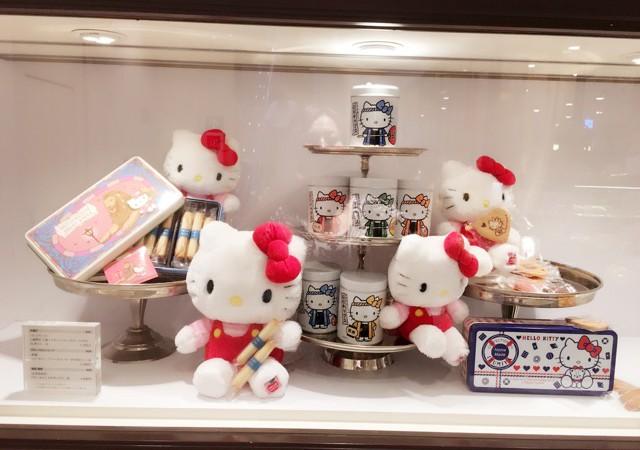 銀座三越 地下2階3階「Hello kitty Fairハローキティフェア」開催中!!限定商品多数販売中!