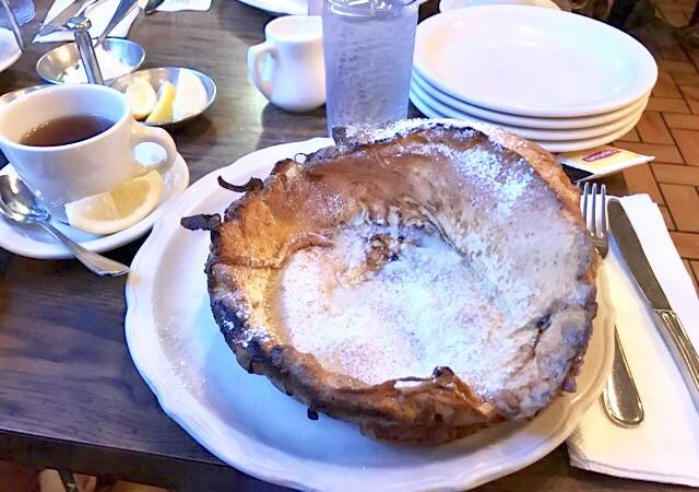 オリジナルパンケーキハウスの「ダッチベイビー」 ハワイのアラモアナ店