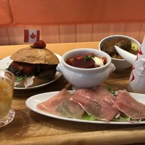 【大阪エキスポシティ】世界の国から!こんにちは!の万国博覧会がコンセプトのメニューが食べられる「万博食堂」