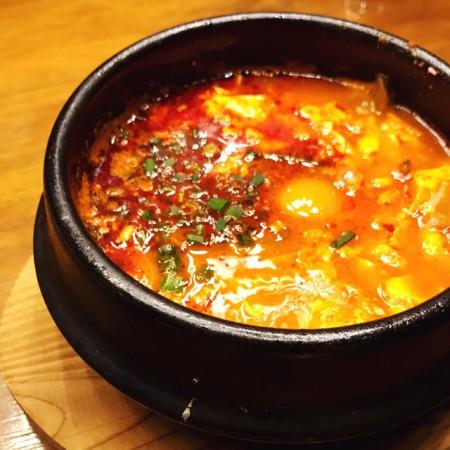 西武池袋店韓国食彩にっこりマッコリランチAセット豆腐チゲ(スンドゥブチゲ)